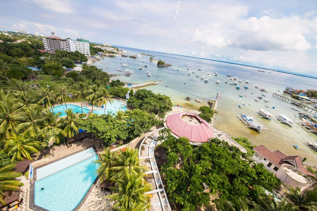 truong-cebu-blue-ocean-2