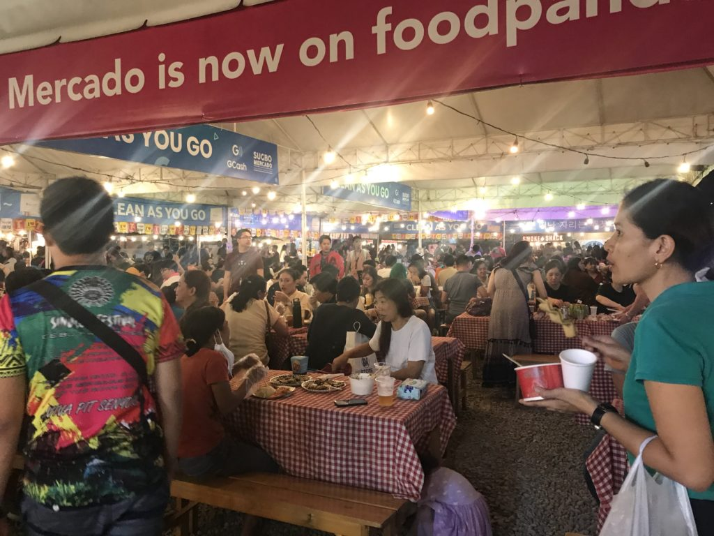 cho-dem-night-market-Cebu