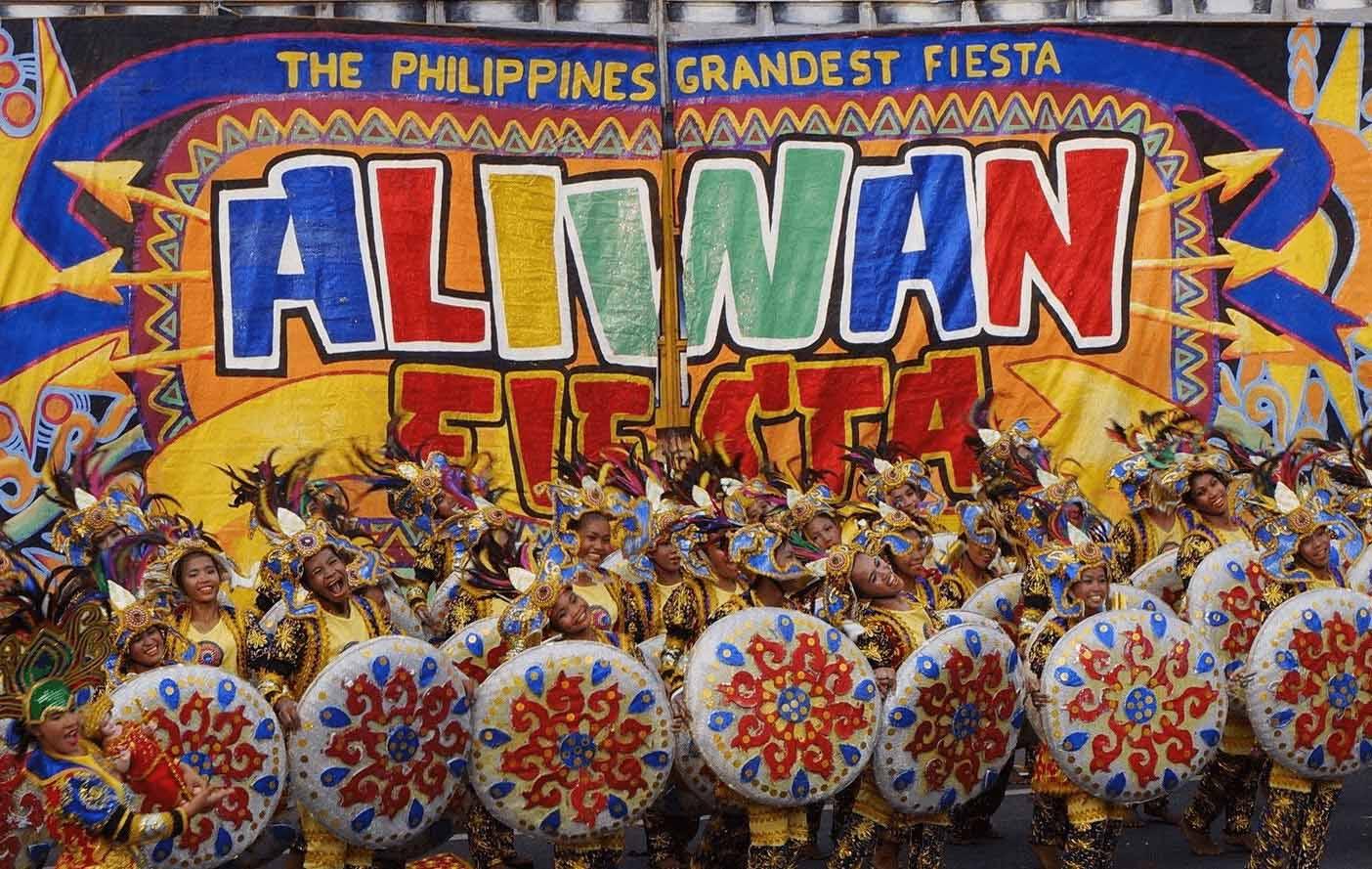 aliwan-fiesta-le-hoi-philippines