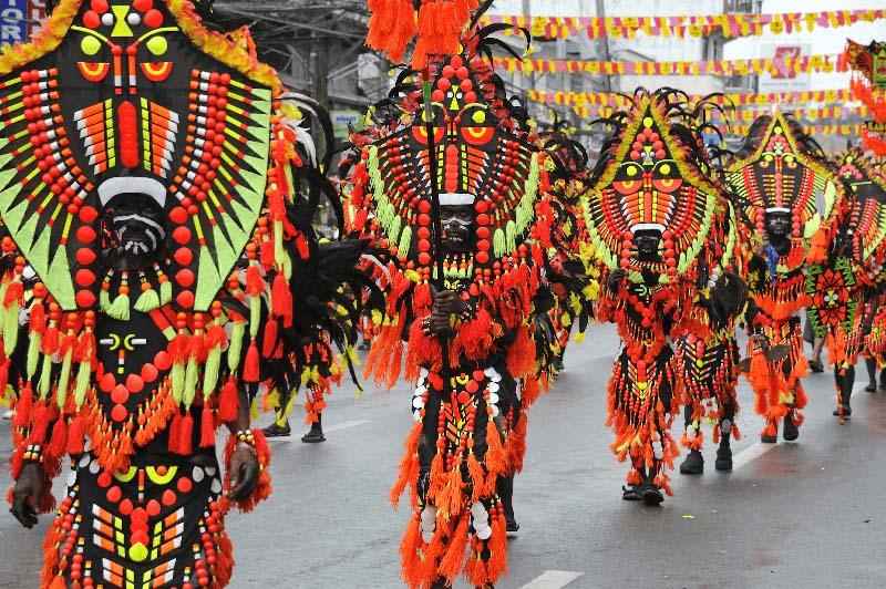 ati-atihan-le-hoi-philippines